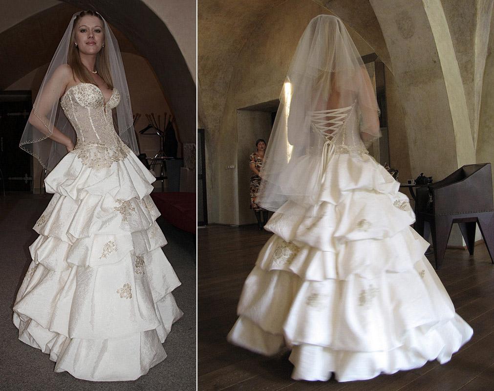 Продам свадебное платье «Александрия» из коллекции Ирины Сулименко, куплено в салоне «Эльза» г.Москва. Платье в отличном состоянии, после химчистки