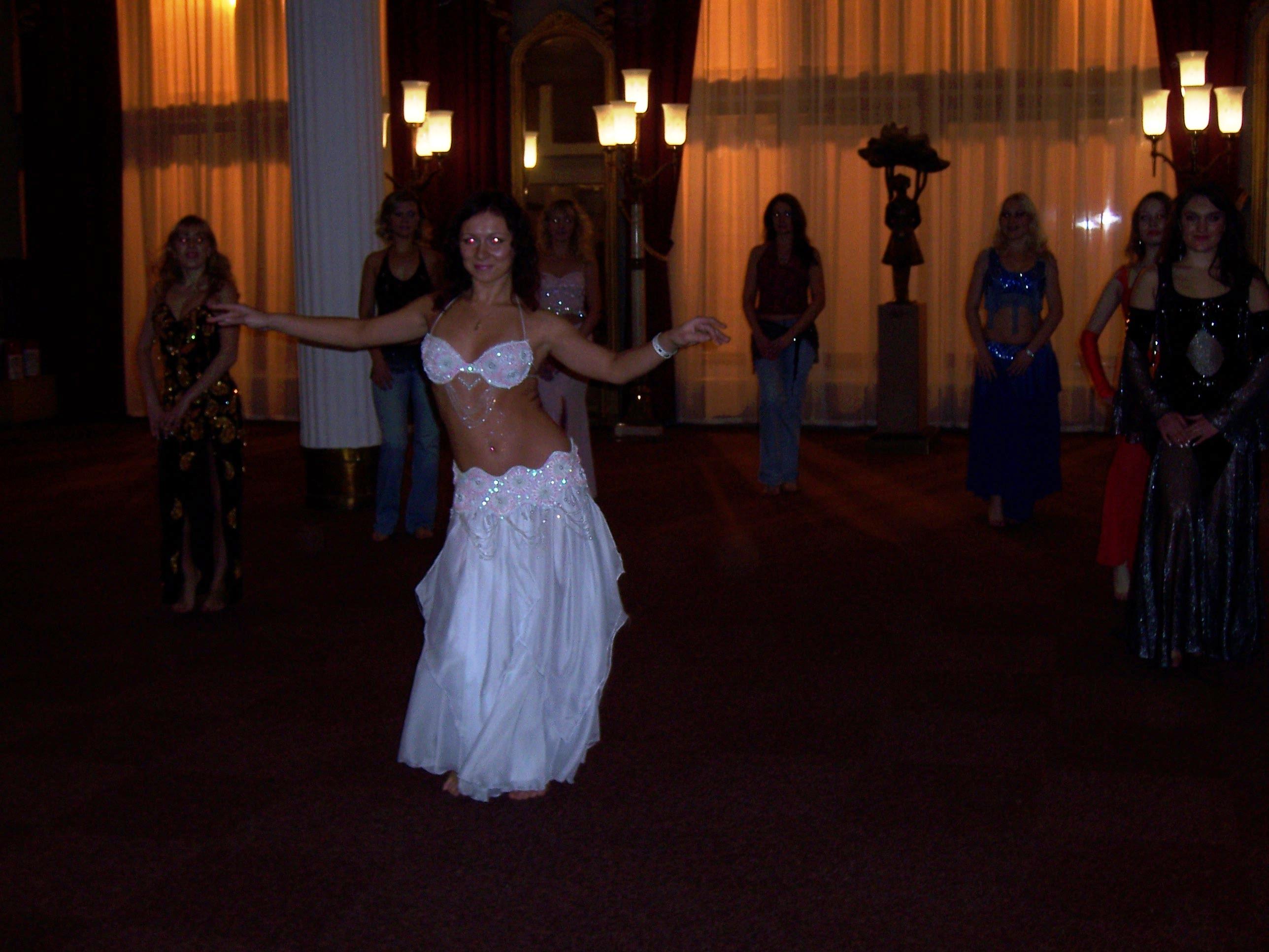 Платье для танцев своими руками 11
