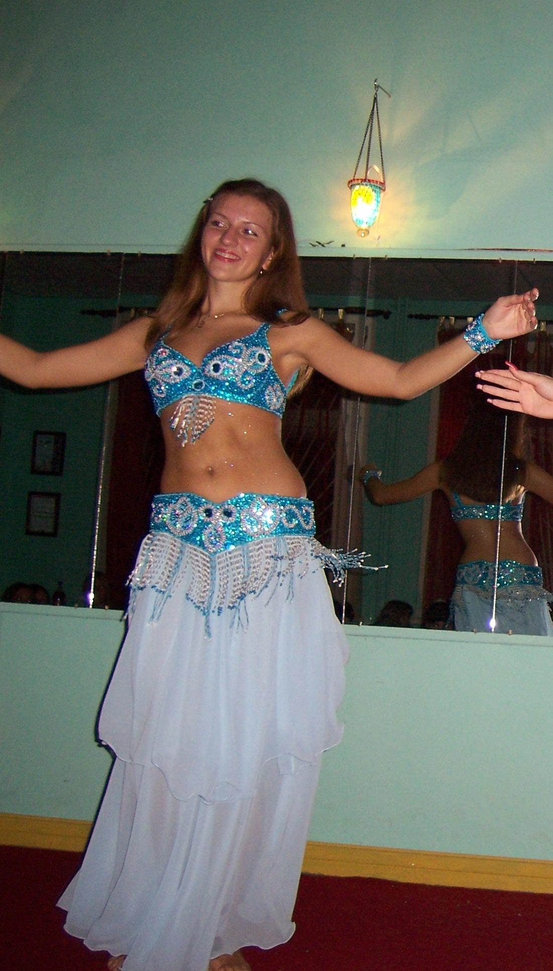 Восточные костюмы: как сшить своими руками наряд для танца
