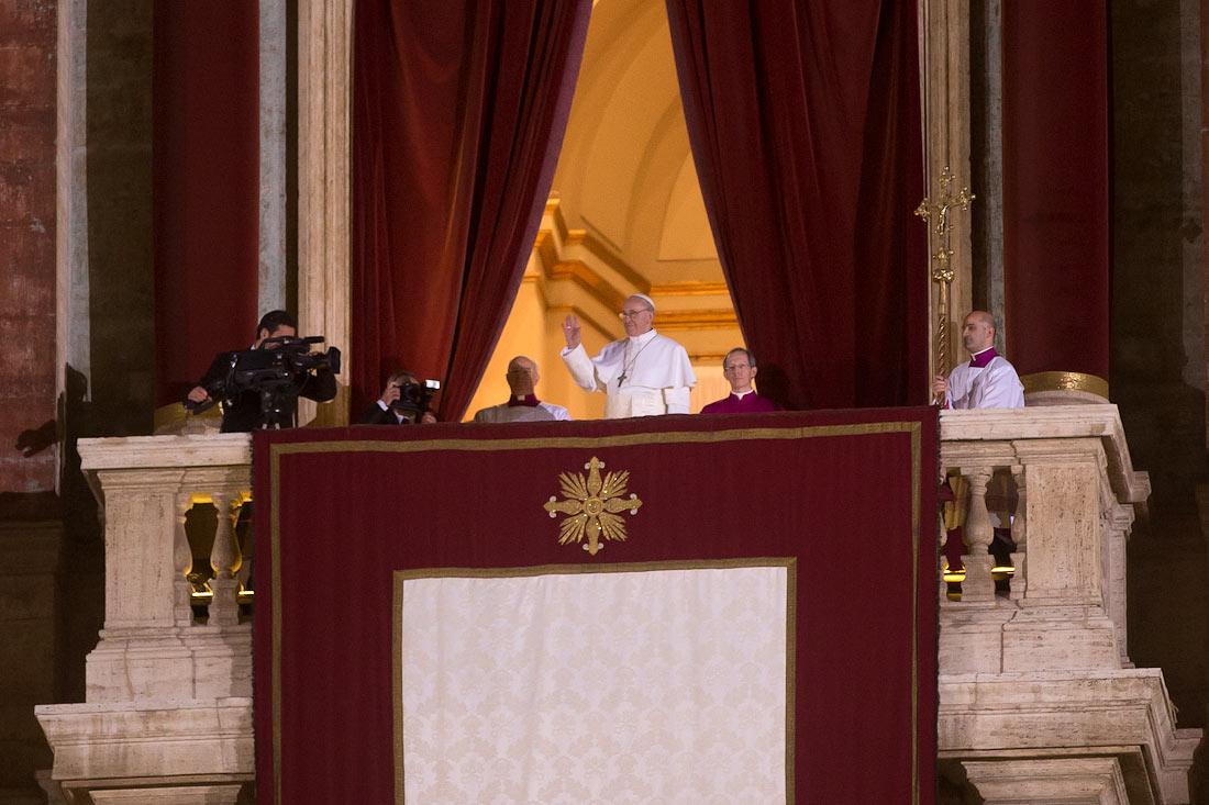 Балкон папы римского. - оригинальные балконы - каталог стате.