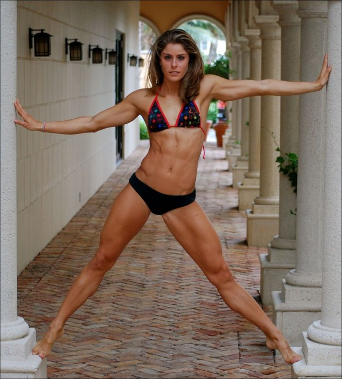 a comparison of portrayals of women in complete woman and womens sport and fitness magazine