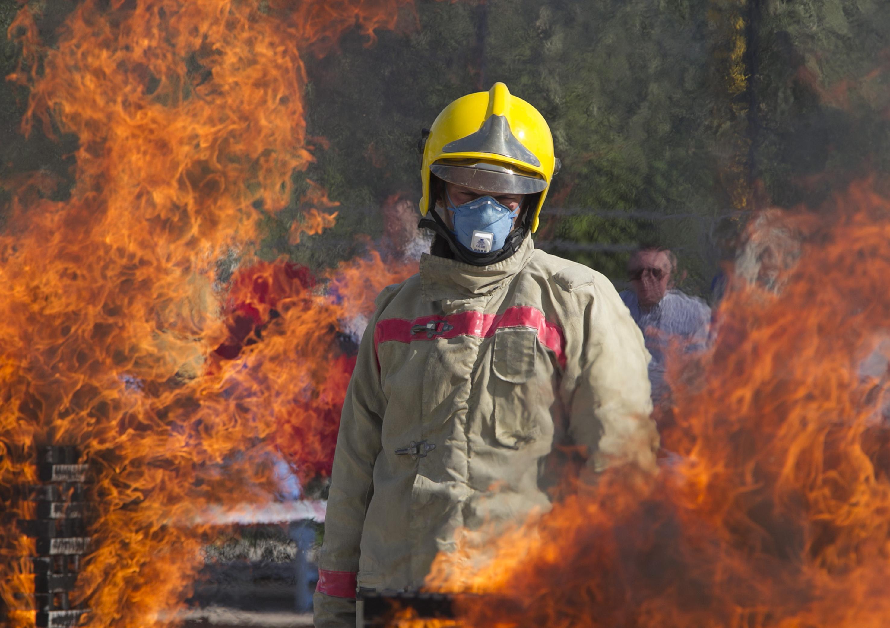 Фото про пожарных для детей
