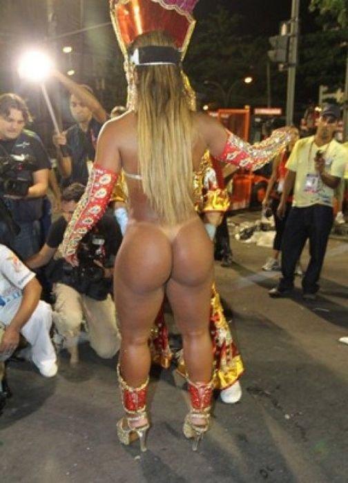 бразилиянки в чулках зажигают видио