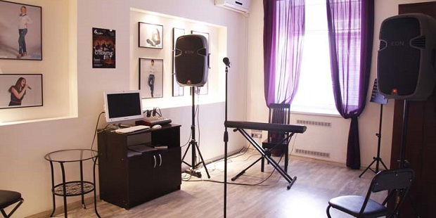 Школа вокала, битбокса, игры на гитаре studiasignon.ru