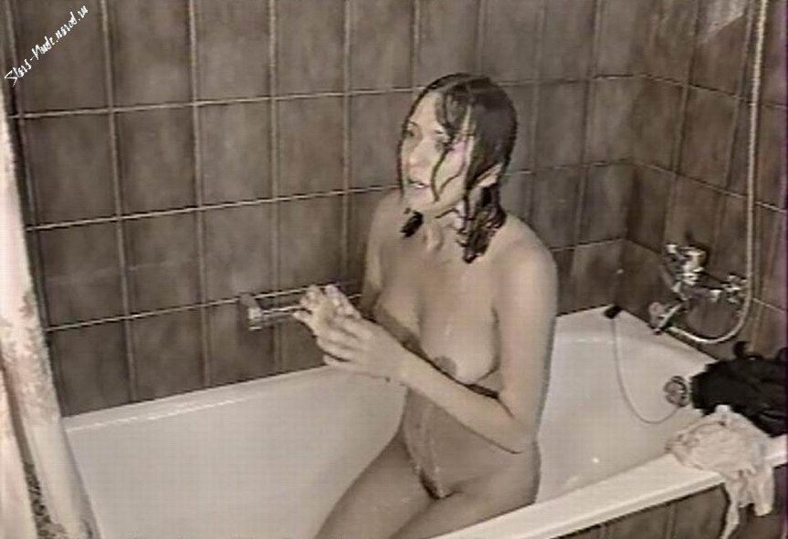 video-golih-russkih-artistok
